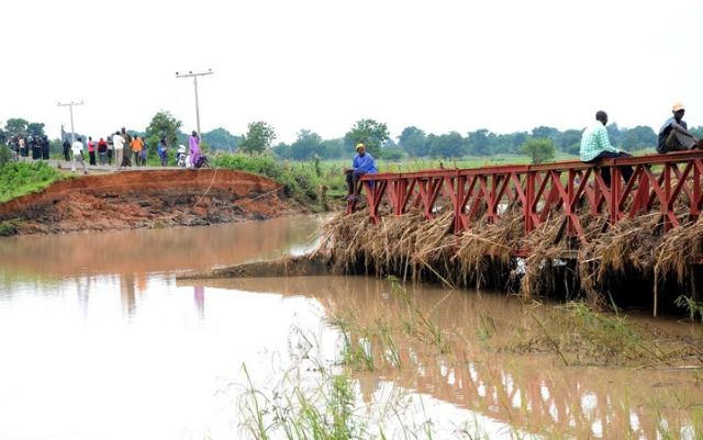 collapsed-wase-bridge-in-plateau
